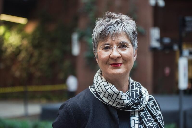 Prof. Iris Reuther