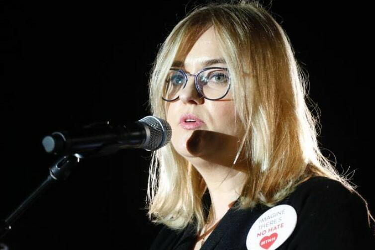 Magdalena Adamowicz podczas przemówienia w Atenach: - Proszę Was wszystkich, ludzi dobrej woli na całym świecie, w imię mojego zamordowanego męża, ojca moich córek, wyobraźmy sobie świat bez nienawiści