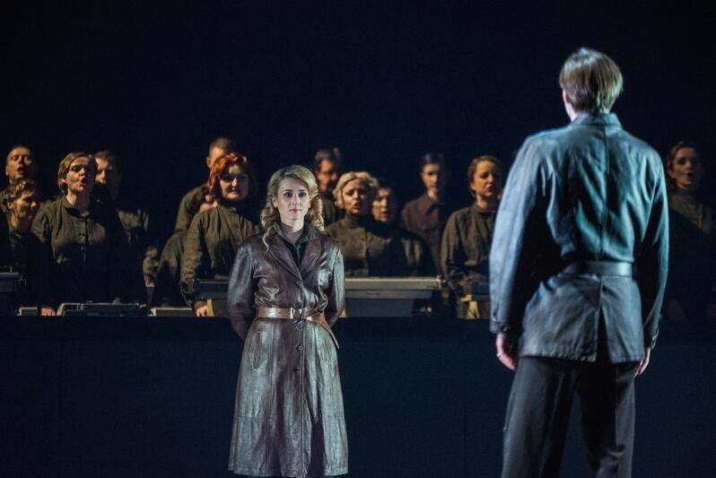 Olga w Operze Bałtyckiej. Premiera odbyła się 11 października 2019 roku. Partię Olgi zaśpiewała z sukcesem Katarzyna Wietrzny