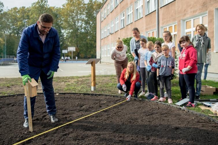 Piotr Borawski, Zastępca Prezydent Gdańska, zaangażował się w prace przy tworzeniu nowej miejskiej rabaty