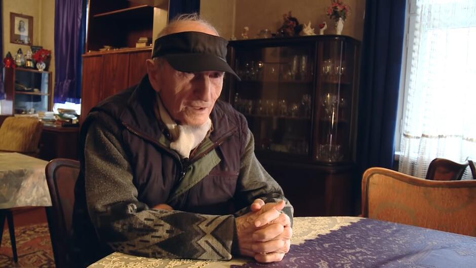 Był cenionym pisarzem i działaczem społecznym ważnym dla Gdańska. Napisał 10 książek o historii tego miasta