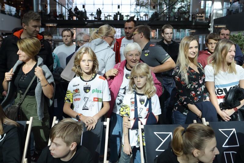 Podczas ubiegłorocznej prezentacji siatkarzy Trefla w Forum Gdańsk pojawiło się kilkaset osób