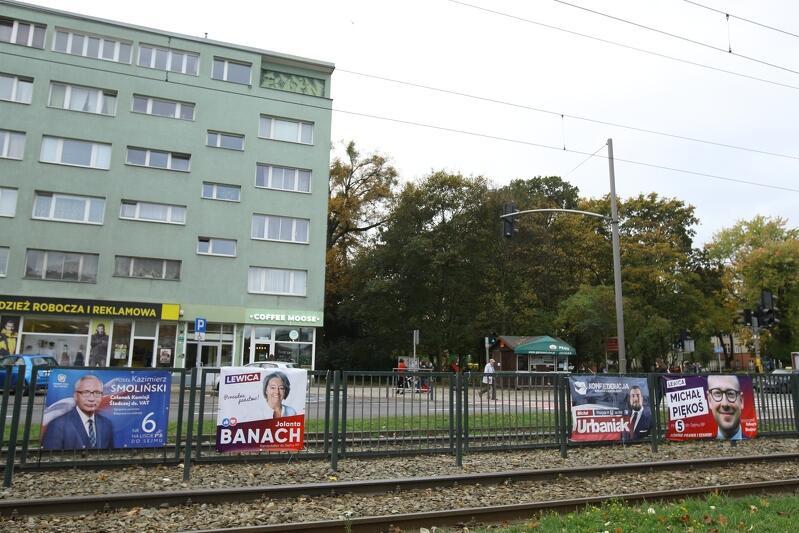 Już po wyborach. Szanowni kandydaci - czas posprzątać miasto z plakatów i banerów wyborczych!