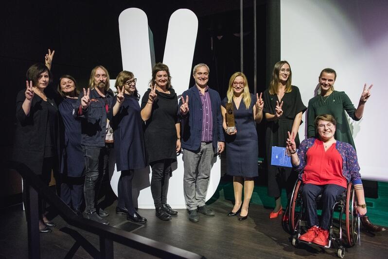 To już koniec 13. All About Freedom Festival. Na zdjęciu: jury konkursowe, osoby prowadzące festiwal i przewodnicząca Rady Miasta Gdańska