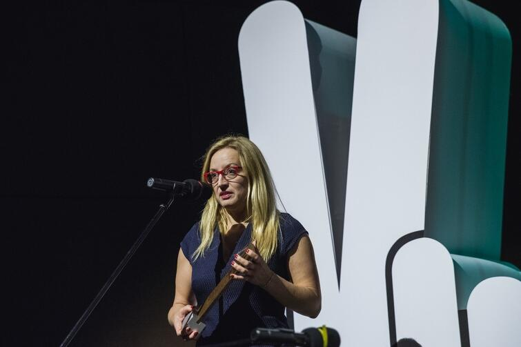 Agnieszka Owczarczak, Przewodnicząca Rady Miasta Gdańska, przekazała nagrodę, symbolicznie, zwyciężczyni tegorocznego festiwalu