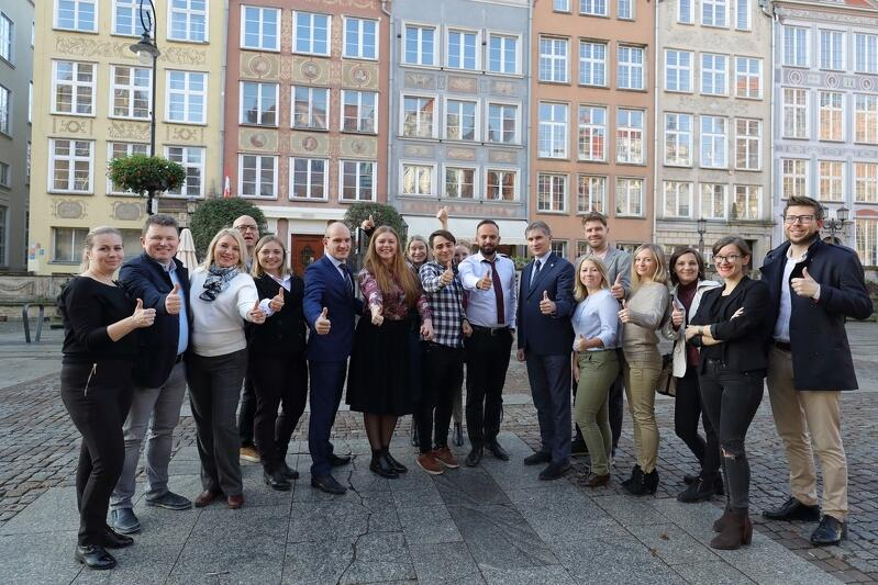 Grupa ukraińskich gości poznaje naszą demokrację lokalną i zwiedza miasto