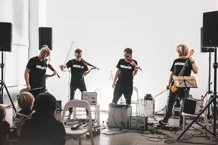 Zespół NeoArte, który od 2012 roku organizuje w Gdańsku festiwal prezentujący najciekawsze trendy w muzyce i sztuce współczesnej