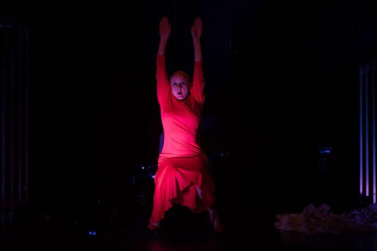 Brytyjska performerka i kompozytorka Alwynne Pritchard poprowadzi warsztaty performance