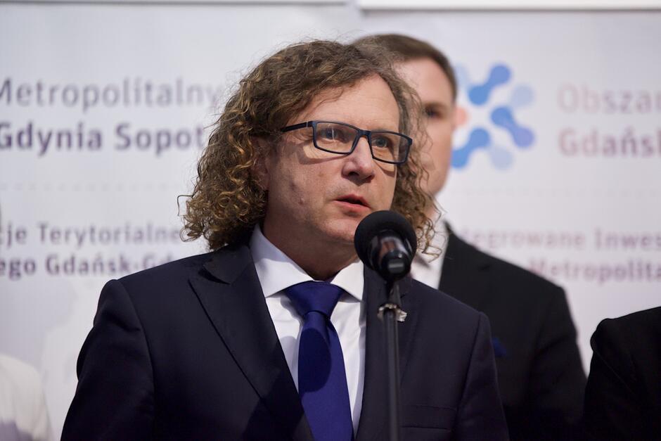 Prezydent Jacek Karnowski: - Zgodnie z umową spółka powinna udostępnić cały ten majątek, jak i dostęp do aplikacji zarządowi Obszaru Metropolitalnego