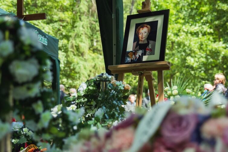 W niedzielę, 3 listopada bedzie można nawiedzić groby znanych gdańskich kobiet w czasie spaceru po Cmentarzu Srebrzysko