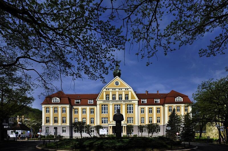 Gdański Uniwersytet Medyczny - jedyna uczelnia medyczna w prestiżowym gronie 10. o największym potencjalne badawczym w Polsce