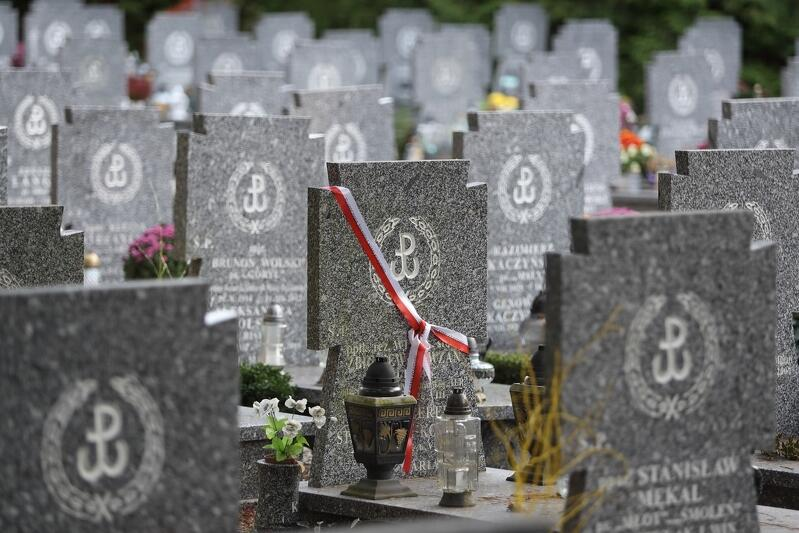 Na Cmentarzu Łostowickim mieści się Kwatera Żołnierzy Armii Krajowej
