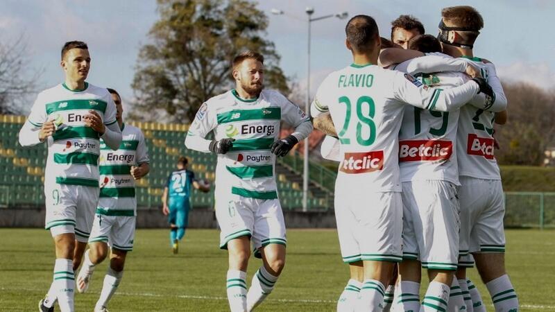 Pierwszego gola dla Lechii zdobył Michał Nalepa (w masce)
