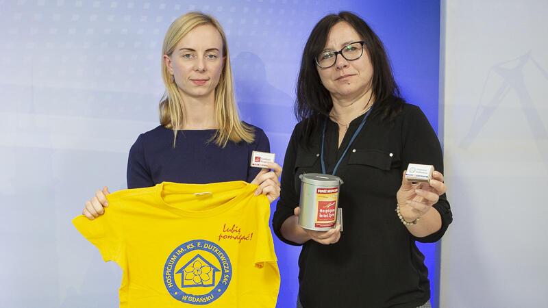 Od lewej: Anna Laska, specjalistka ds. kontaktu z mediami w Hospicjum im. ks. Dutkiewicza, i Anna Kobylska, koordynatorka ds. finansowych Hospicjum
