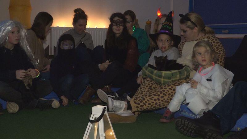 Na dzieci czekała moc atrakcji, a wśród nich czytanie i zabawy w sali dydaktycznej