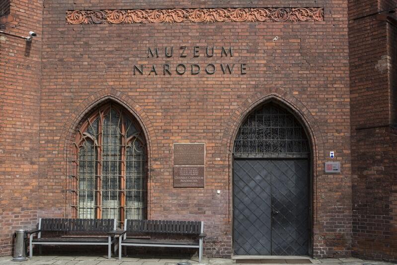 Muzeum Narodowe w Gdańsku Oddział Sztuki Dawnej, niegdyś m.in. klasztor franciszkanów - w jakiej `roli` pojawia się w makabreskach Michała Ślubowskiego?