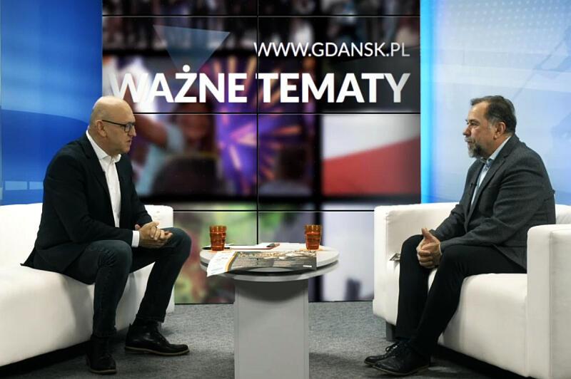 Program Wszystkie Strony Miasta. Nz. (od prawej) Łew Zacharczyszyn, konsul Ukrainy w Gdańsku i prowadzący Marek Wałuszko