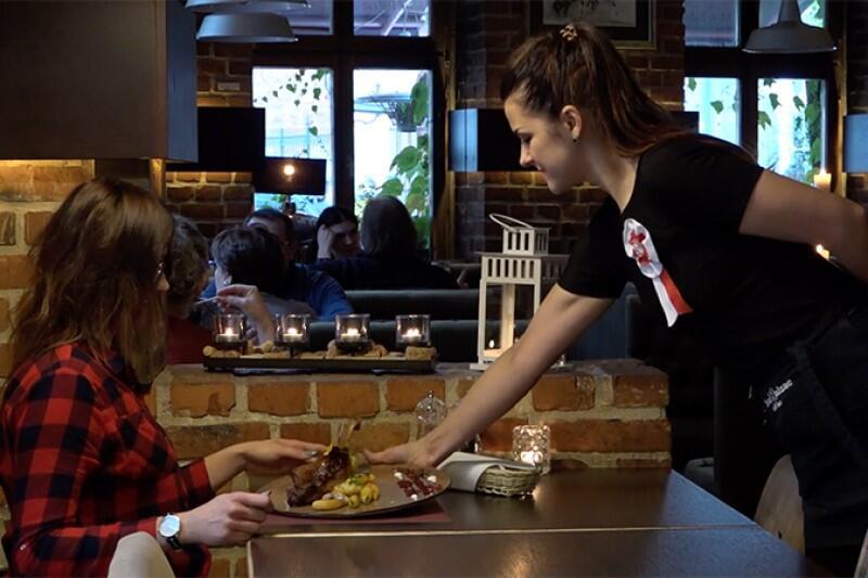 Gdańskie restauracje i bary już od lat, z coraz większym powodzeniem, włączają się w Święto Niepodległości. Co smacznego przygotują w tym roku?