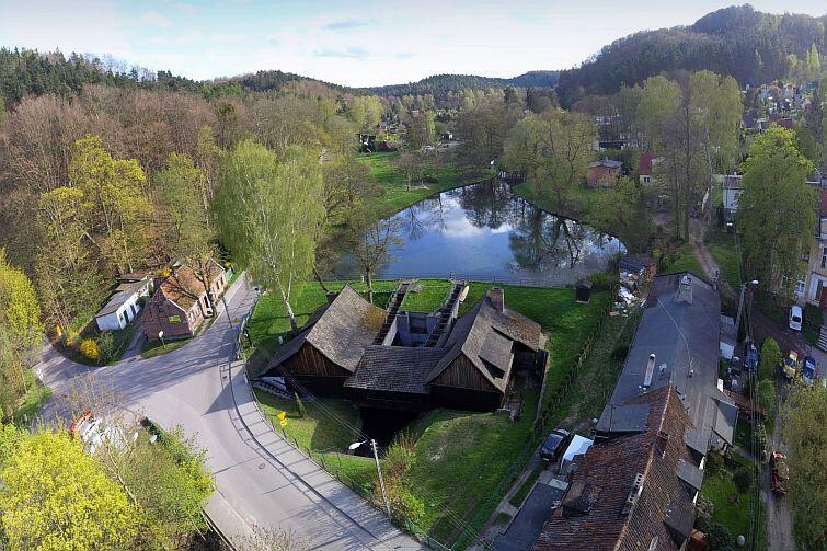 Kuźnia Wodna w Oliwie - jeden z najpiękniejszych oddziałów Muzeum Gdańska. Tu jeszcze ze starym dachem