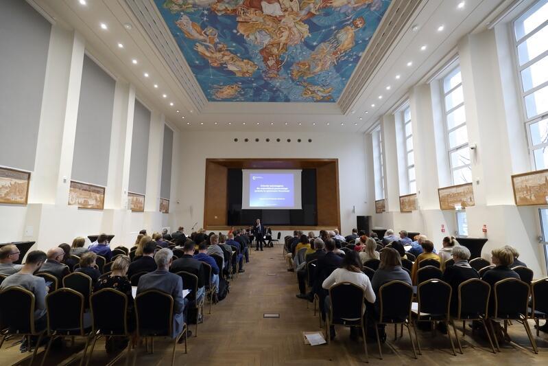 12 listopada 2019 r., spotkanie konsultacyjne projektów uchwał antysmogowych dla Pomorza i Sopotu, sala Niebo Polskie Urzędu Marszałkowskiego w Gdańsku
