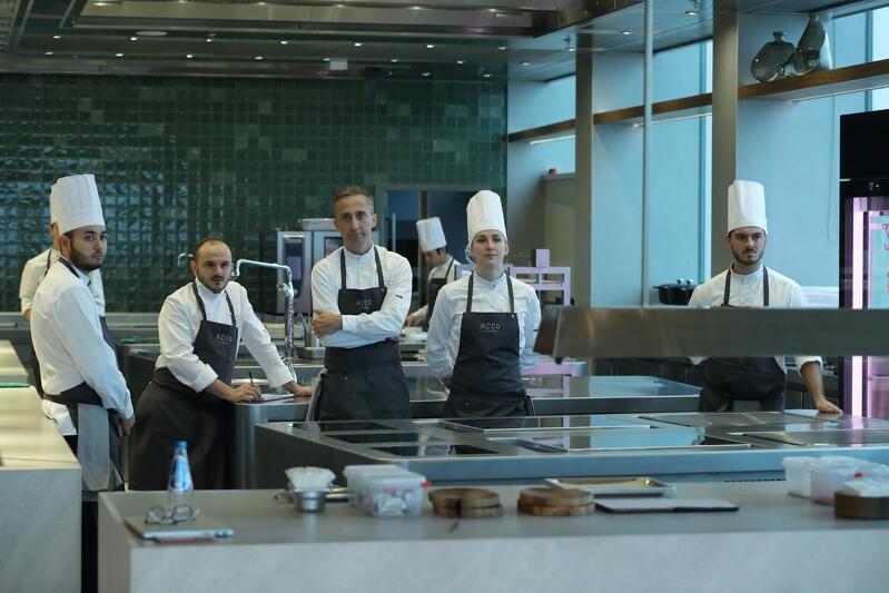 Kuchnia w restauracji Arco by Paco Perez ma powierzchnię 800 mkw. Pracować w niej będzie 30 kucharzy z całego świata