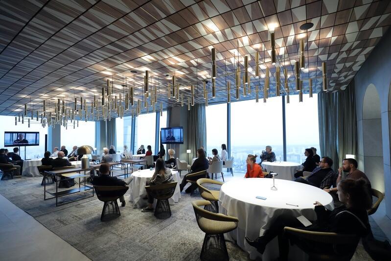 Restauracja Arco by Paco Perez znajduje się na 33. piętrze Olivii Star