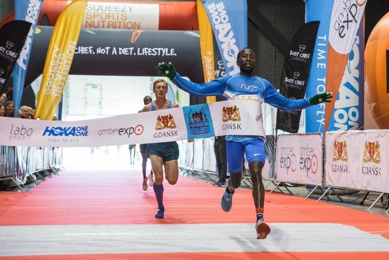 Zwycięzca Pólmaratonu Gdańsk 209 Kenijczyk Hammington Cherop