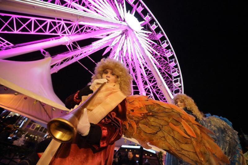 Anioły, św. Mikołaj i jego pomocnicy wprowadzą mieszkańców w świąteczny nastrój