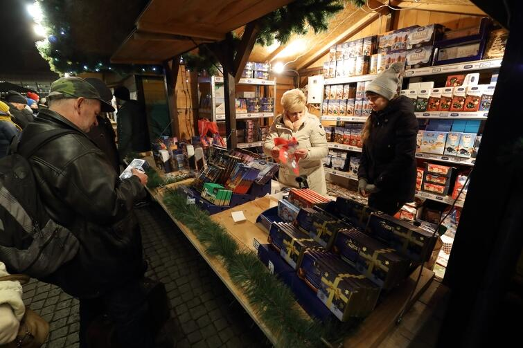 Stoisko ZPC Bałtyk na tegorocznym gdańskim Jarmarku Bożonarodzeniowym