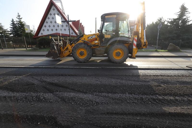 Prace związane z poprawą nawierzchni jezdni mają zostać zakończone do lutego 2020 roku