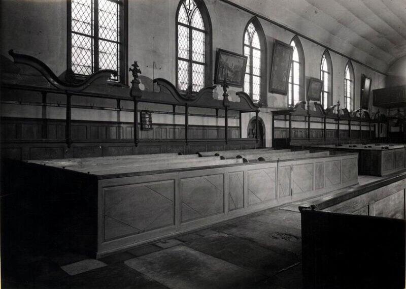 Wnętrze Salvator Kirche (Kościoła Zbawiciela na Zaroślaku) przed wojną