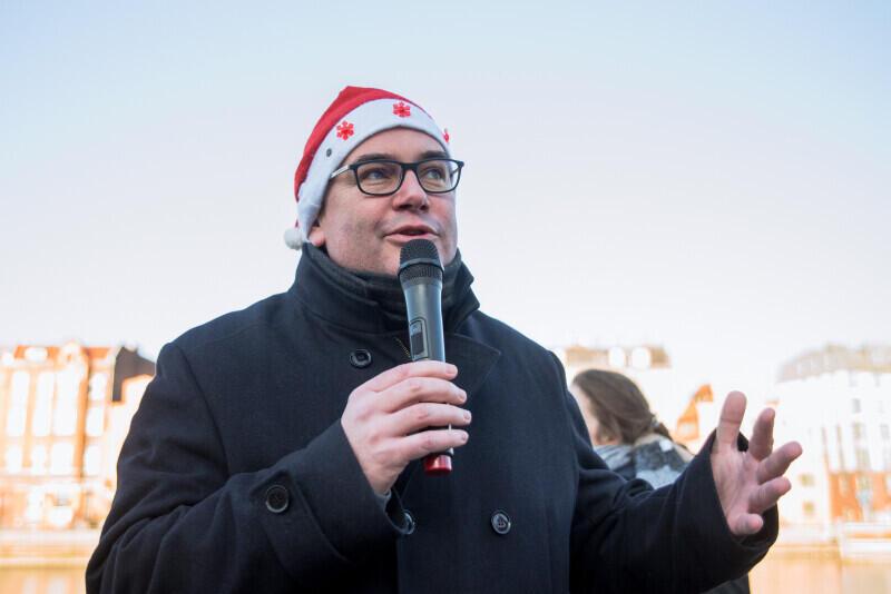 W pochodzie udział wziął m.in. prezydent Piotr Kowalczuk, który podziękował wolontariuszom za ich wkład w pomaganie innym i chęć dzielenia się dobrem