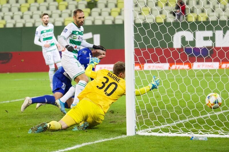 Flavio Paixao strzelił na 1:0 ...