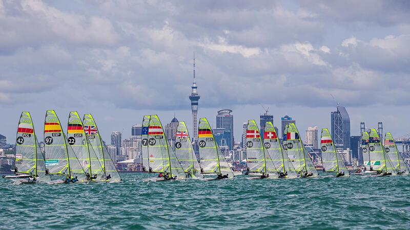 Jachty klasy 49er podczas regat mistrzostw świata