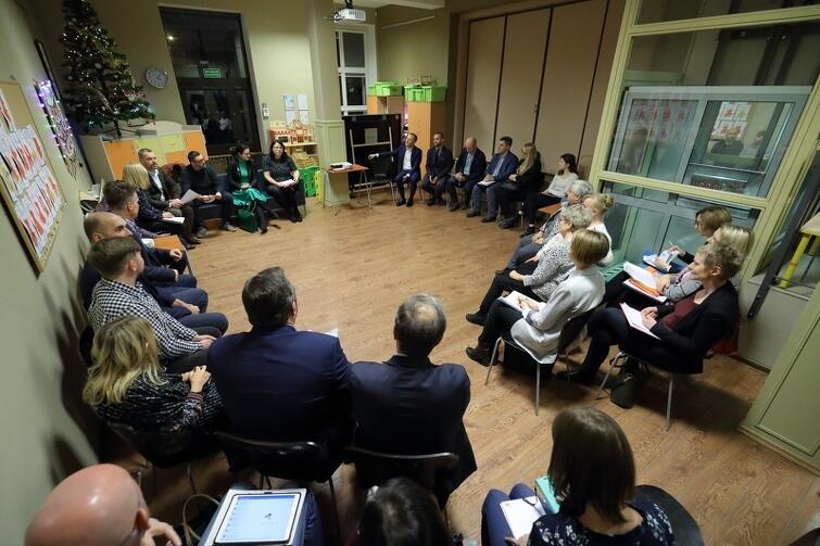 Spotkanie z Radą Dzielnicy Orunia-Św. Wojciech-Lipce odbyło się w Domu Sąsiedzkim przy ul. Gościnnej