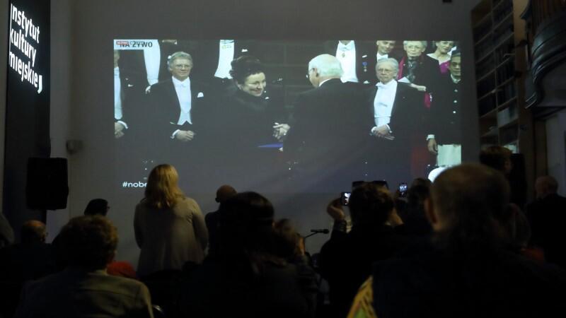 Gdańszczanie, przedstawiciele środowisk twórczych, oglądali uroczystość wręczenia Literackiej Nagrody Nobla Oldze Tokarczuk wspólnie w siedzibie IKM
