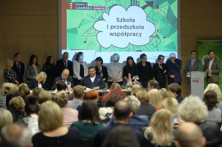 Międzynarodowe Targi Gdańską włączają się w program praktycznej nauki gdańskich uczniów