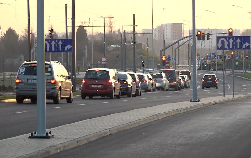 W pierwszym dniu uruchomienia nowych odcinków dróg, zdecydowanie większy ruch był w rejonie ulic Bulońskiej i Myśliwskiej