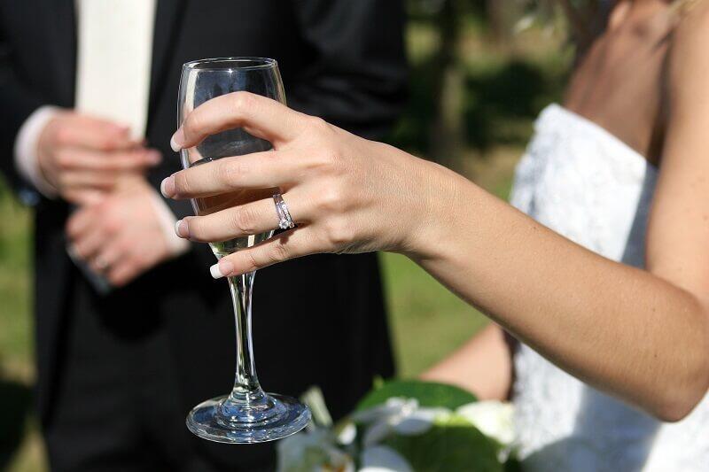 W Gdańsku mamy coraz więcej ślubów w plenerze