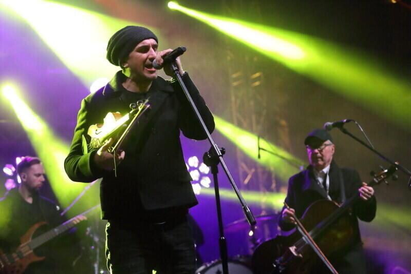 Koncert zespołu Zakopower odbył się na scenie ustawionej przy Długich Ogrodach