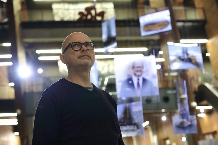 """Mirosław Miłogrodzki, autor instalacji """"Antaby"""""""