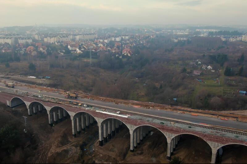 Nowym wiaduktem kierowcy pojadą 13 stycznia