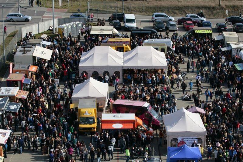Festiwal Smaków Foodtrucków w Gdańsku to cykliczna impreza dla smakoszy. Styczniowa edycja, organizowana w ramach 28. finału WOŚP, będzie szczególna