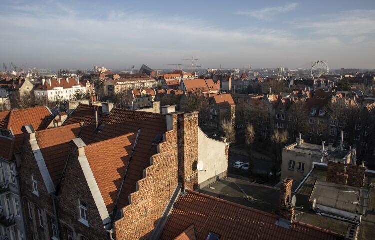 Panorama Gdańska z bazyliki św. Mikołaja. Widok na kamienice przy ul. Lawendowej