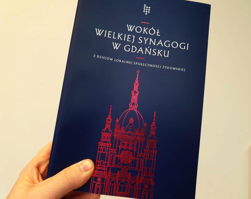 W programie obchodów zaplanowana jest też rozmowa na temat publikacji Wokół Wielkiej Synagogi w Gdańsku. Z dziejów lokalnej społeczności żydowskiej