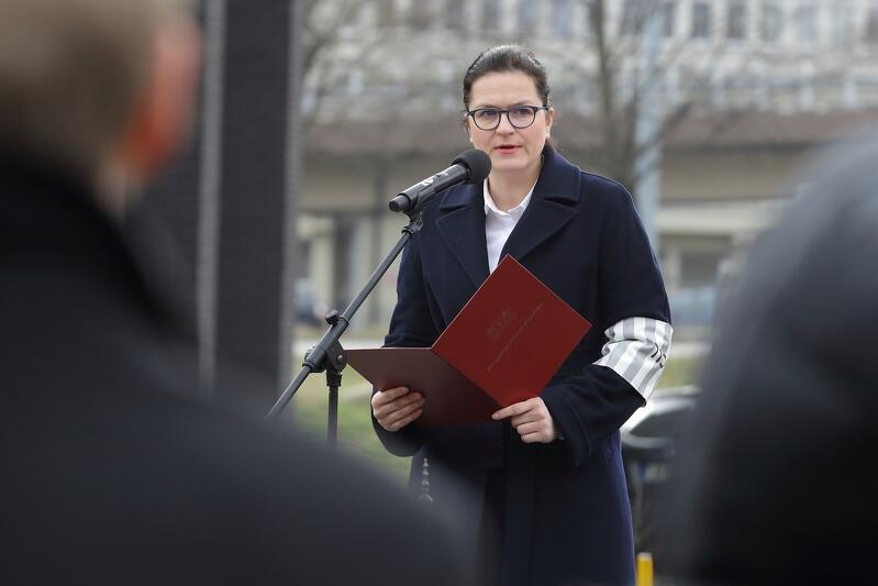 Międzynarodowy Dzień Pamięci o Ofiarach Holokaustu ustanowiono w 2005 roku. W 2018 roku ś.p. Paweł Adamowicz ustanowił obchody tego dnia także w Gdańsku. Aleksandra Dulkiewicz kontynuuje tę inicjatywę