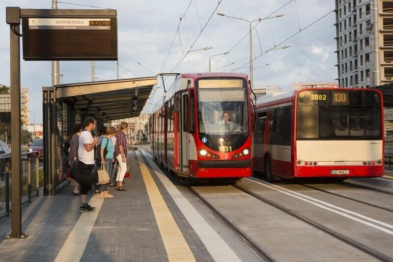 Ceny biletów jednorazowych nie rosły w Gdańsku od czterech lat. Radni na wniosek Urzędu Miejskiego uznali, że podwyżki są konieczne, by utrzymać wysoką jakość komunikacji miejskiej