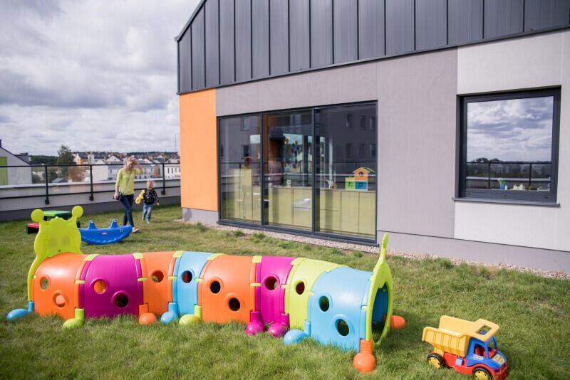 Budowa nowych przedszkoli jest dla Gdańska jednym z priorytetów, m.in. ze względu na nowych mieszkańców, wśród których jest dużo młodych małżeństw. Nz. Przedszkole nr 7 przy ul. Stężyckiej, w którym odbyła się inauguracja roku szkolnego 2019/2020