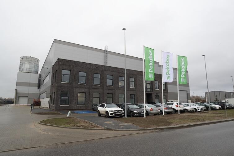 Pekabex jest już 31. firmą, która wybudowała w Kokoszkach swój zakład. Miejsca jest coraz mniej - w Parku Przemysłowo-Technologicznym 'Maszynowa' mają powstać jeszcze trzy fabryki