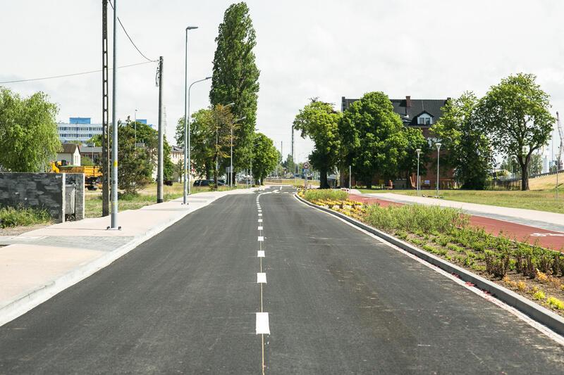"""W GZDiZ podpisane zostały 74 umowy drogowe, tzw. """"szesnastki"""" na kwotę 72 milionów zł"""